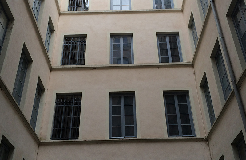 fenetres_0001_Lyon4_Menuisier_Fenetre_immeuble_renovation